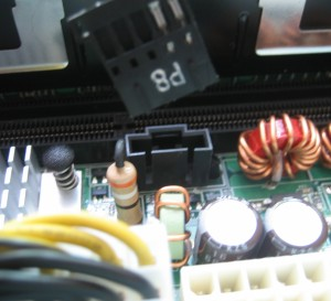 Неизвестный разъём CN5 и просящийся туда коннектор из блока питания